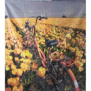 Cykel på fält